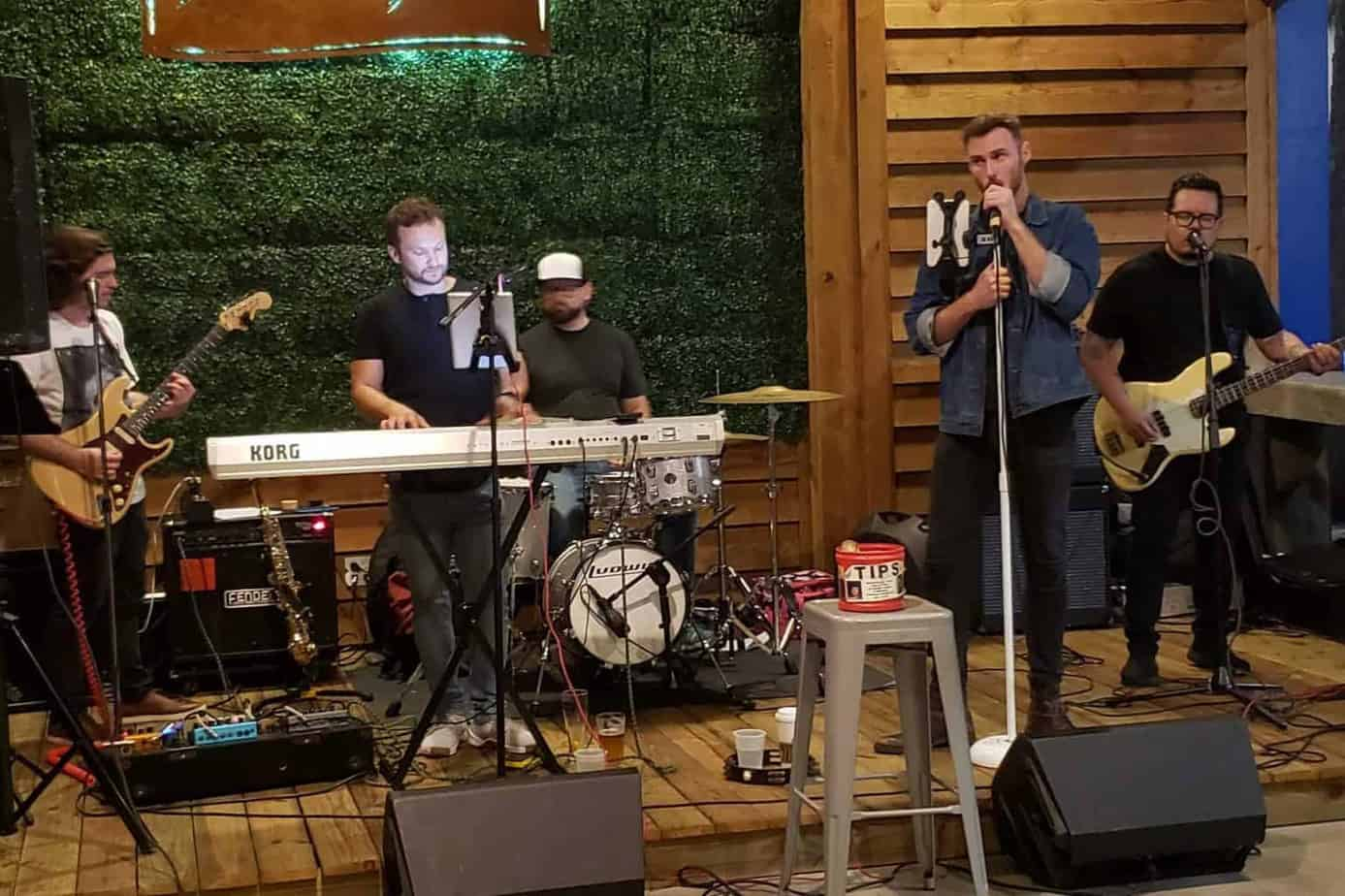 Jesse and The Thieves at Sailfish Brewing