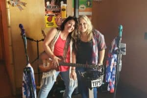 Samantha Russell Duo at Gettin Crabby